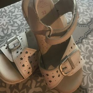 Pediped sandals White size 1 youth GUC!